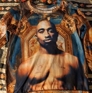 Tupac brand sweater